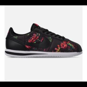 NIKE CORTEZ BASIC FLORAL CASUAL SHOES